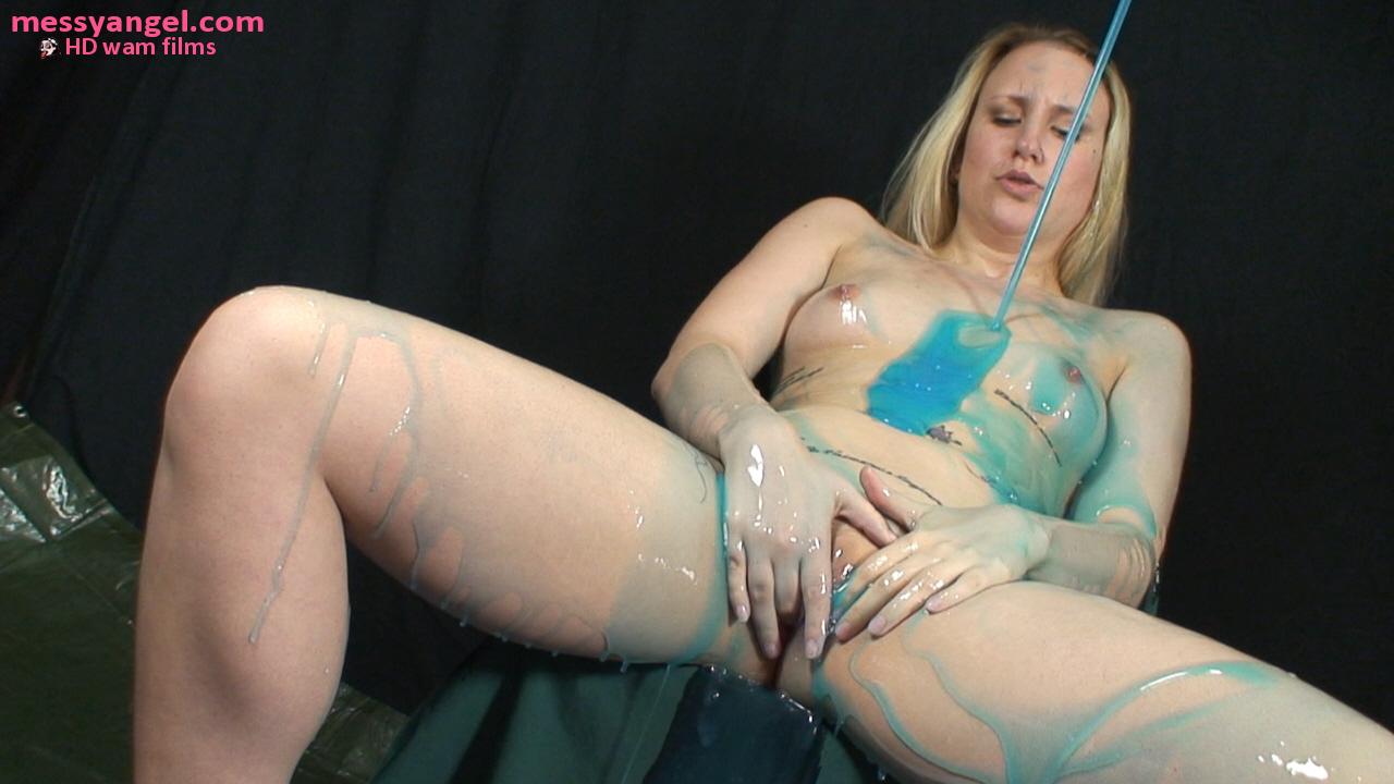 blonde_blue_slime_009.jpg