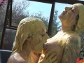 custard_kissing_girls_011