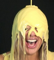 babestation_beth_custard_sploshing_009